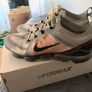 Nike VaporMax (Size 10)